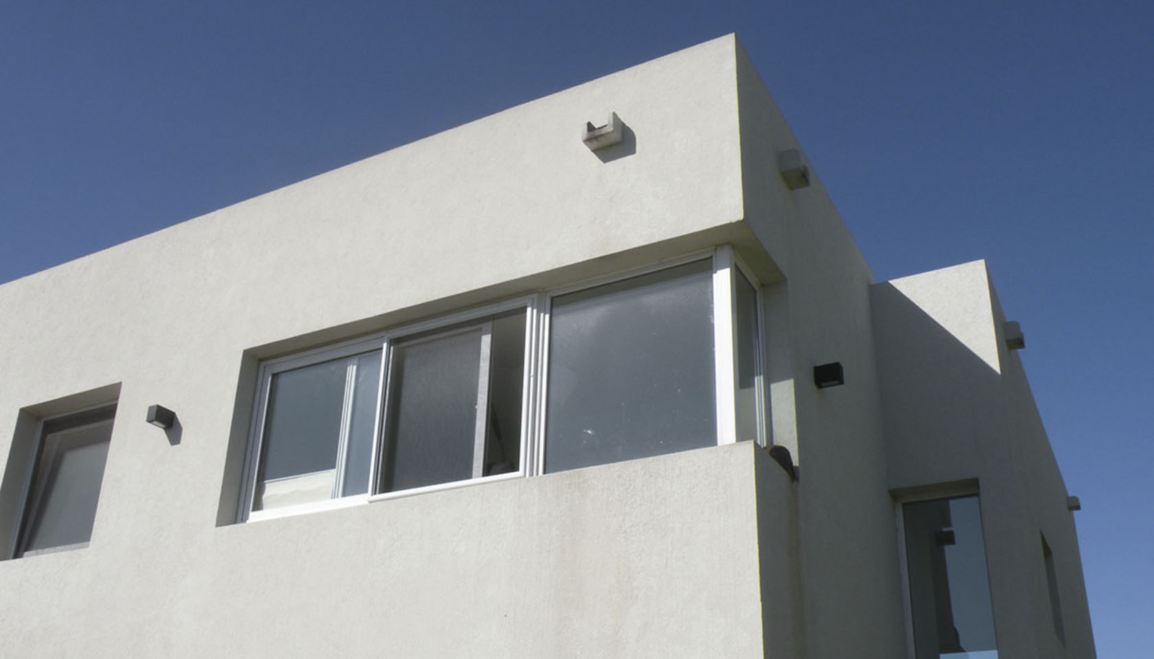 fachadas en tarquini, arquitectura contemporanea