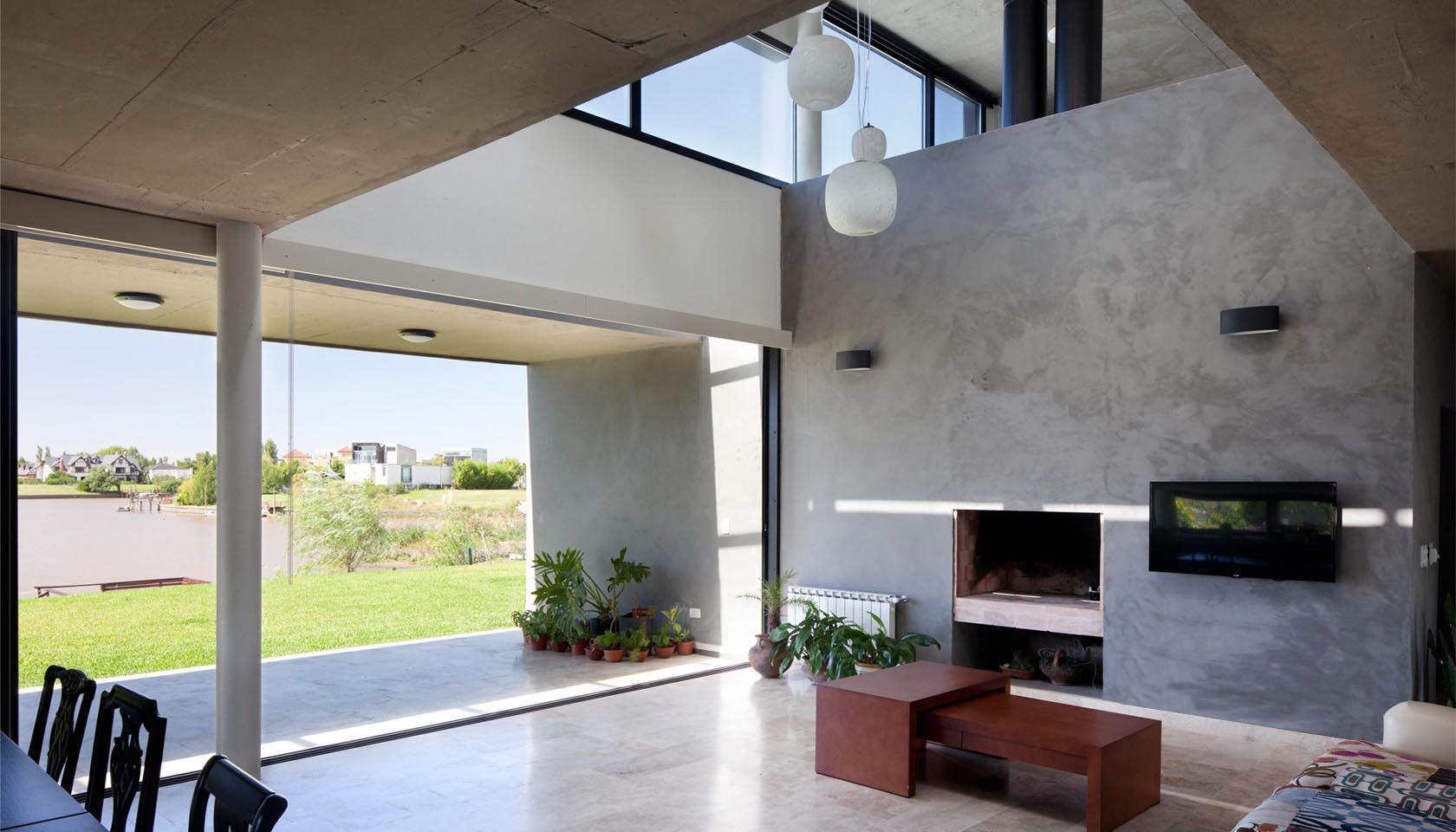 interiores modernos, casas con vista al lago, diseño de interiores minimalistas, grandes aberturas