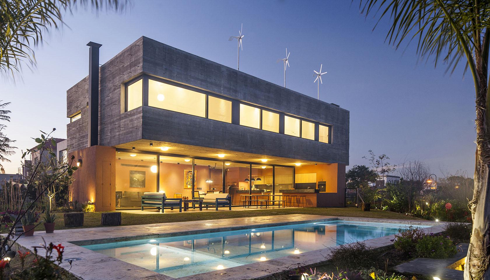 diseño de iluminación en viviendas, chimeneas modernas, diseño de piletas en casas contemporáneas