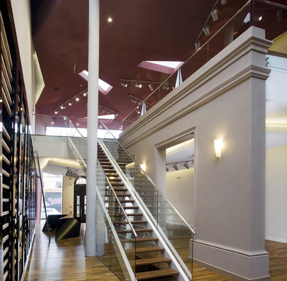 Locales con doble altura en buenos aires, diseño de locales clásicos y modernos, integración de arquitectura moderna y clásica