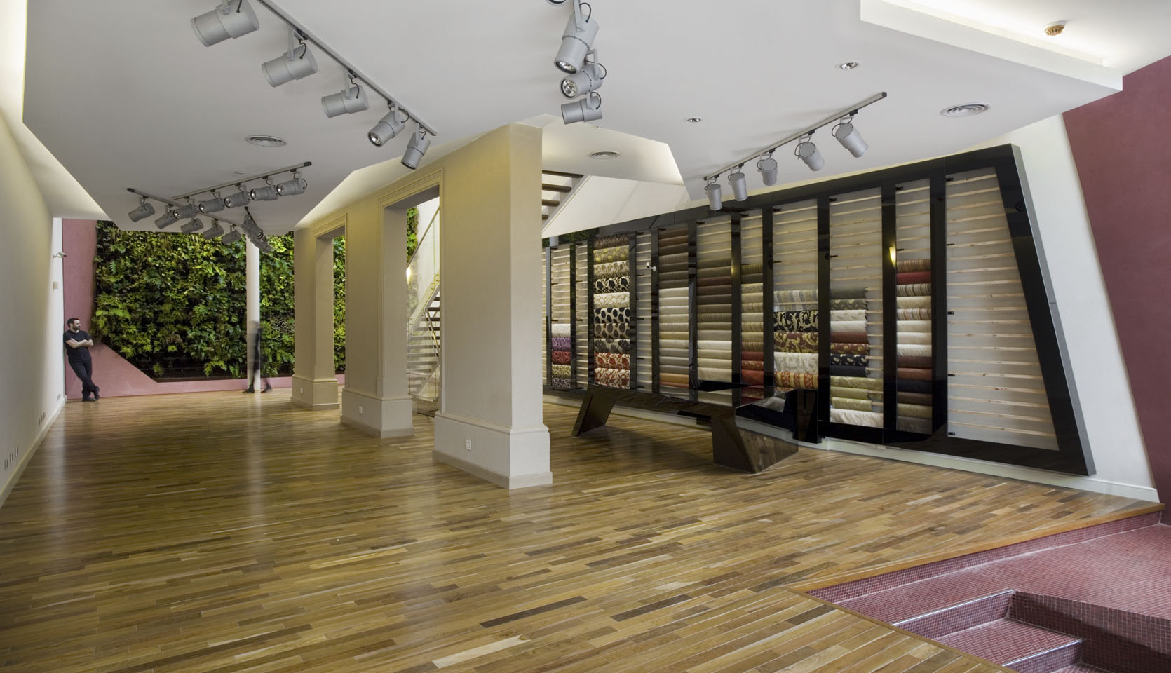 Diseño interior de locales, diseño de iluminaria en locales